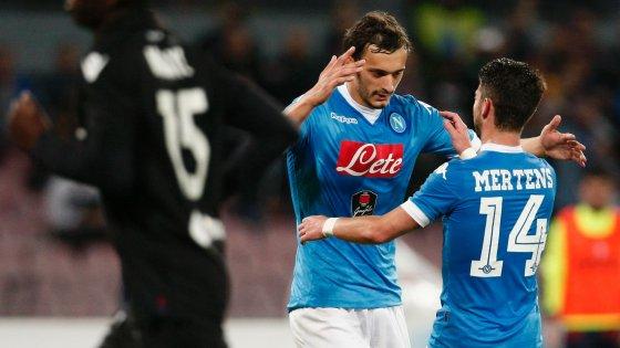 Napoli stratosferico, sei gol al Bologna
