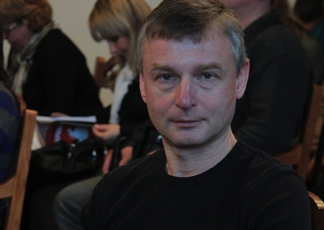 Russia: la morte di un giornalista continua a non convincere
