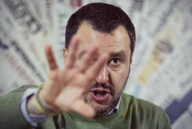 Salvini accusa Mattarella «di essere complice e venduto»