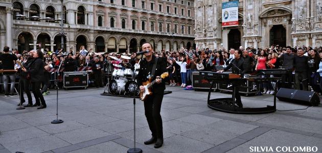 Chi fermerà la musica dei Pooh? In rotazione il nuovo singolo e il video girato in Piazza Duomo con i fans