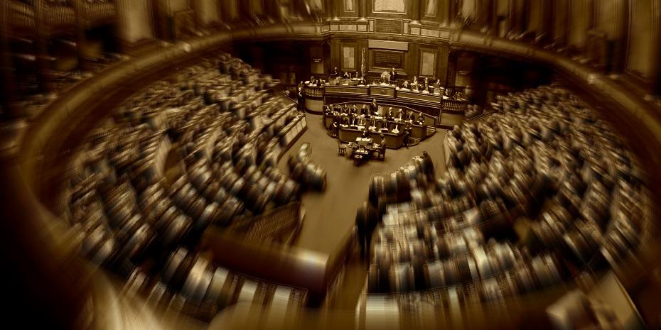 Approvata la riforma del Senato, Renzi: «Giornata storica»