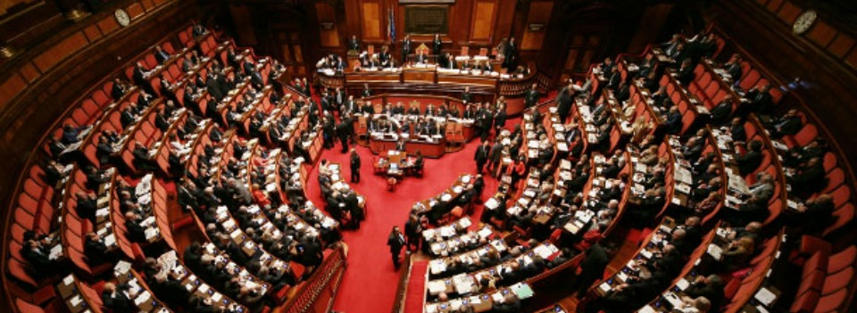 Petrolio, M5S chiede la capigruppo. Lega Nord: Renzi, show indecoroso