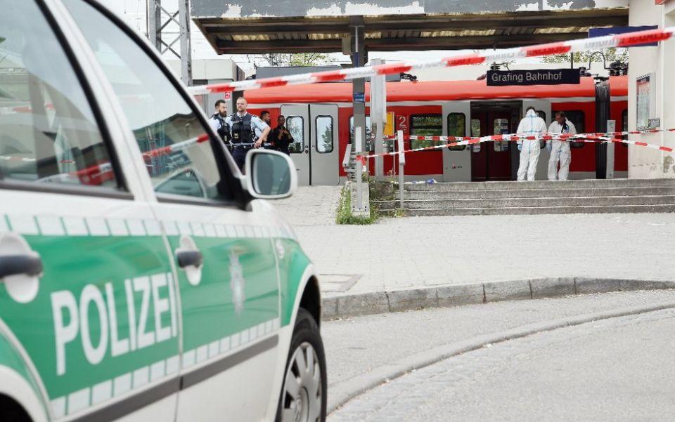 Monaco di Baviera. Paura in stazione, uomo uccide urlando «Allah Akbar»