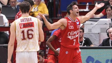 Basket, semifinale scudetto: Gara-5 all'Olimpia Milano, Venezia battuta 78-67
