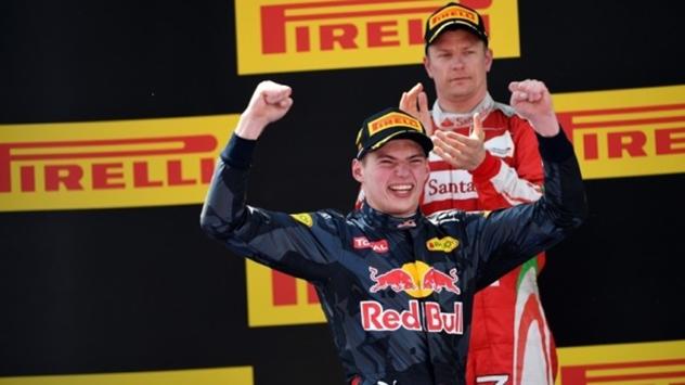 GP di Spagna: incredibile vittoria di Verstappen davanti alle Ferrari. Suicidio Mercedes, Hamilton e Rosberg entrambi fuori
