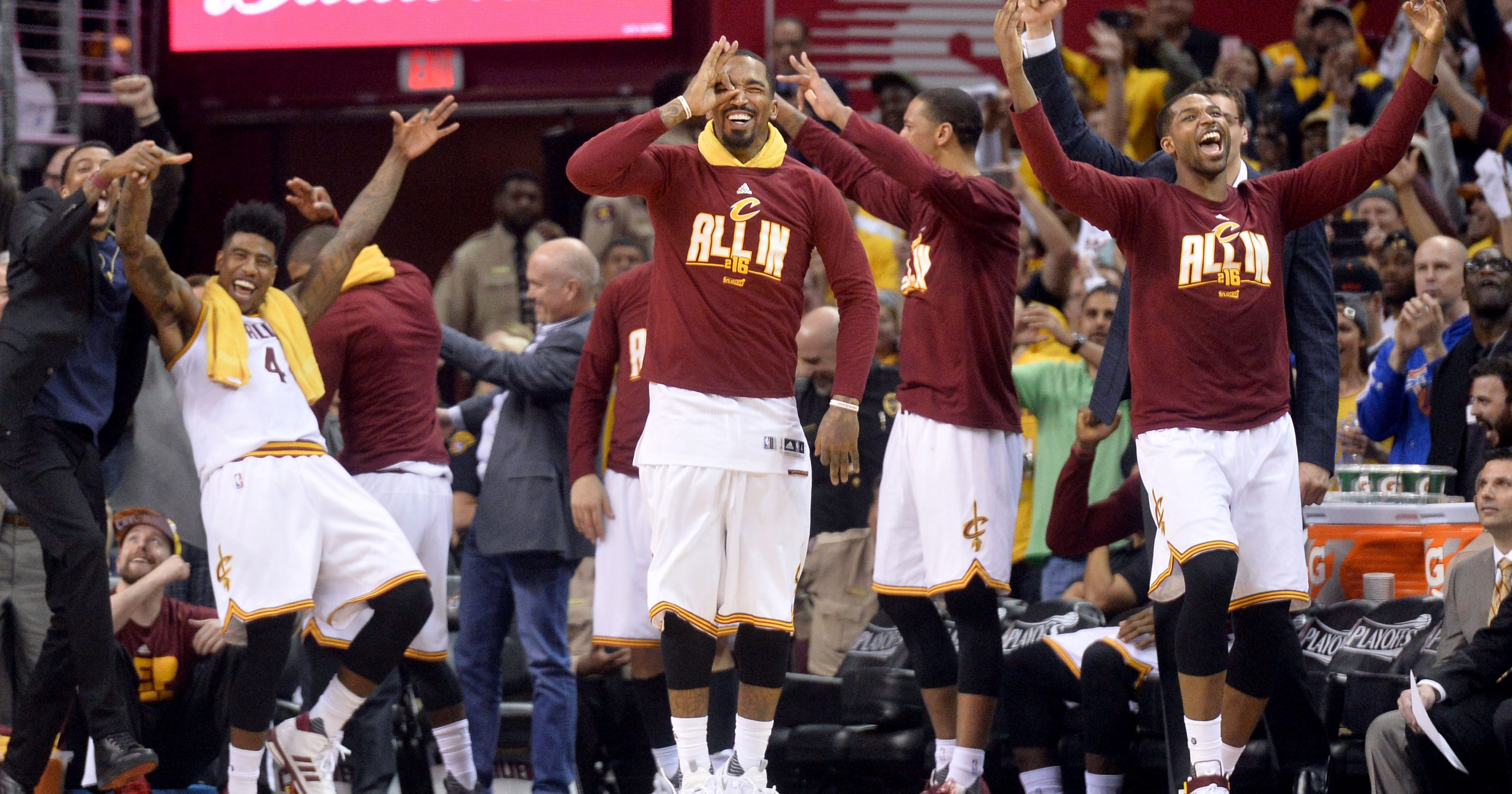 PLAYOFF NBA: 2-0 Cleveland e record, Hawks demoliti