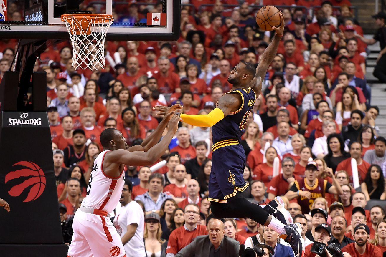 PLAYOFF NBA: LeBron James per la sesta volta in finale