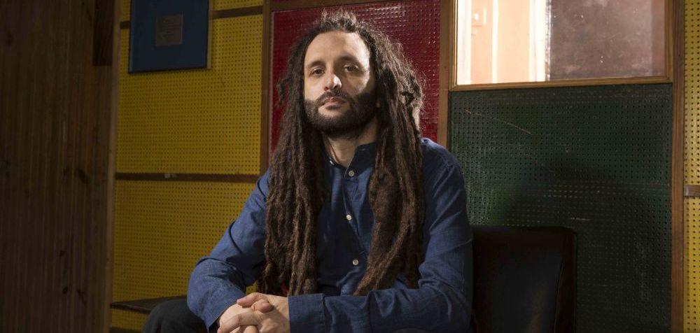 """Alborosie: il cantante reggae italiano pubblica il nuovo album """"Freedom & Fyah"""""""
