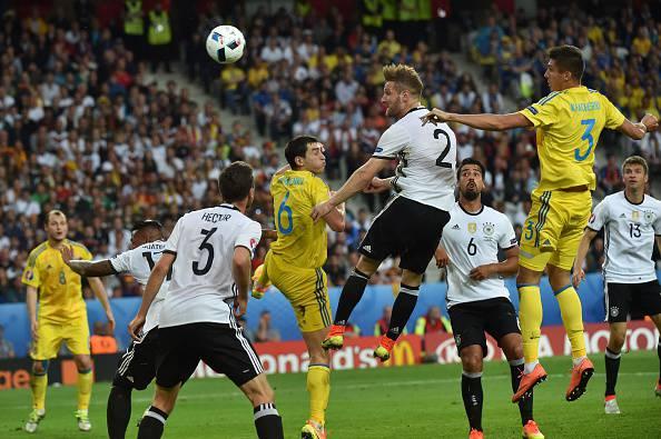 La Germania parte in quarta. Battuta una buona Ucraina.