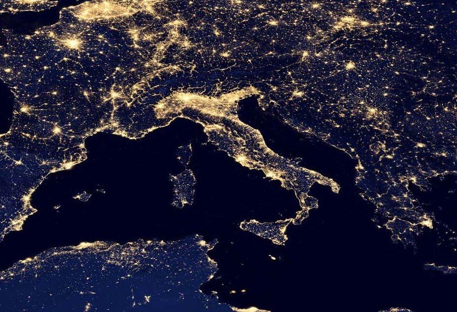 """Festa della Repubblica Italiana, questa settantenne ancora in vita nonostante gli """"acciacchi"""""""