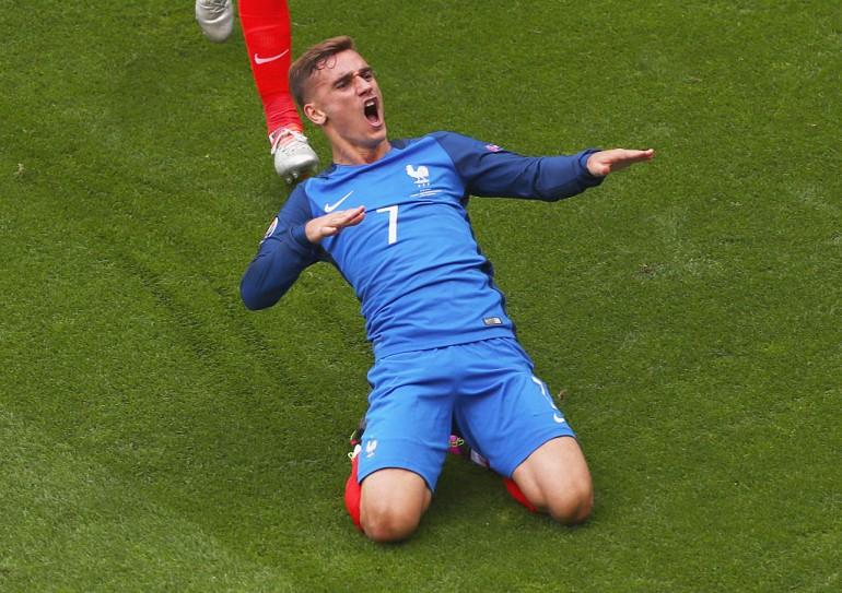 Griezmann ribalta l'Irlanda, Francia ai quarti