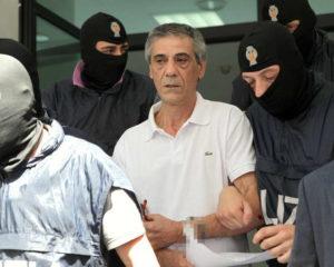 Carmine Fasciani durante l'arresto.