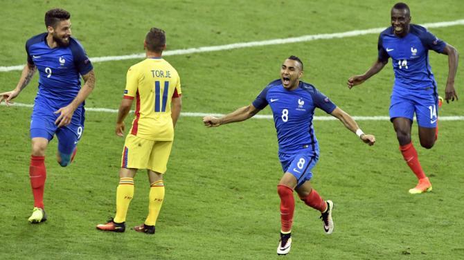 Payet fa godere la Francia, 2-1 alla Romania