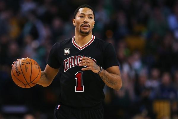 Basket NBA: I Bulls scambiano Derrick Rose