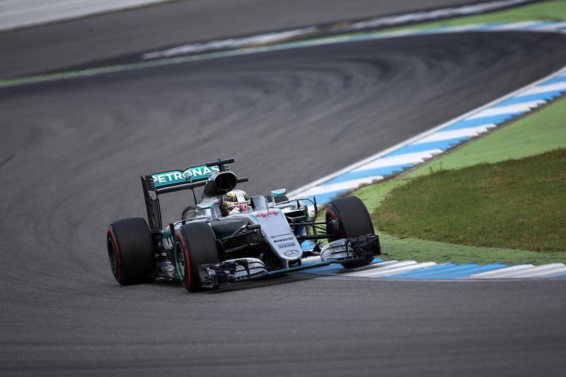 Gp di Germania: Hamilton domina in casa di Rosberg