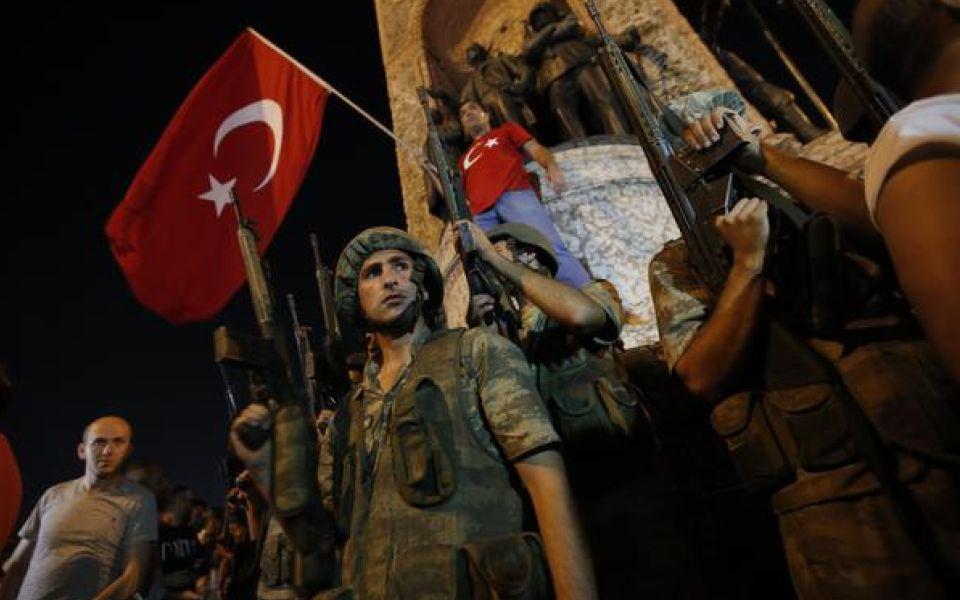 Turchia: colpo di Stato dell'esercito contro Erdogan