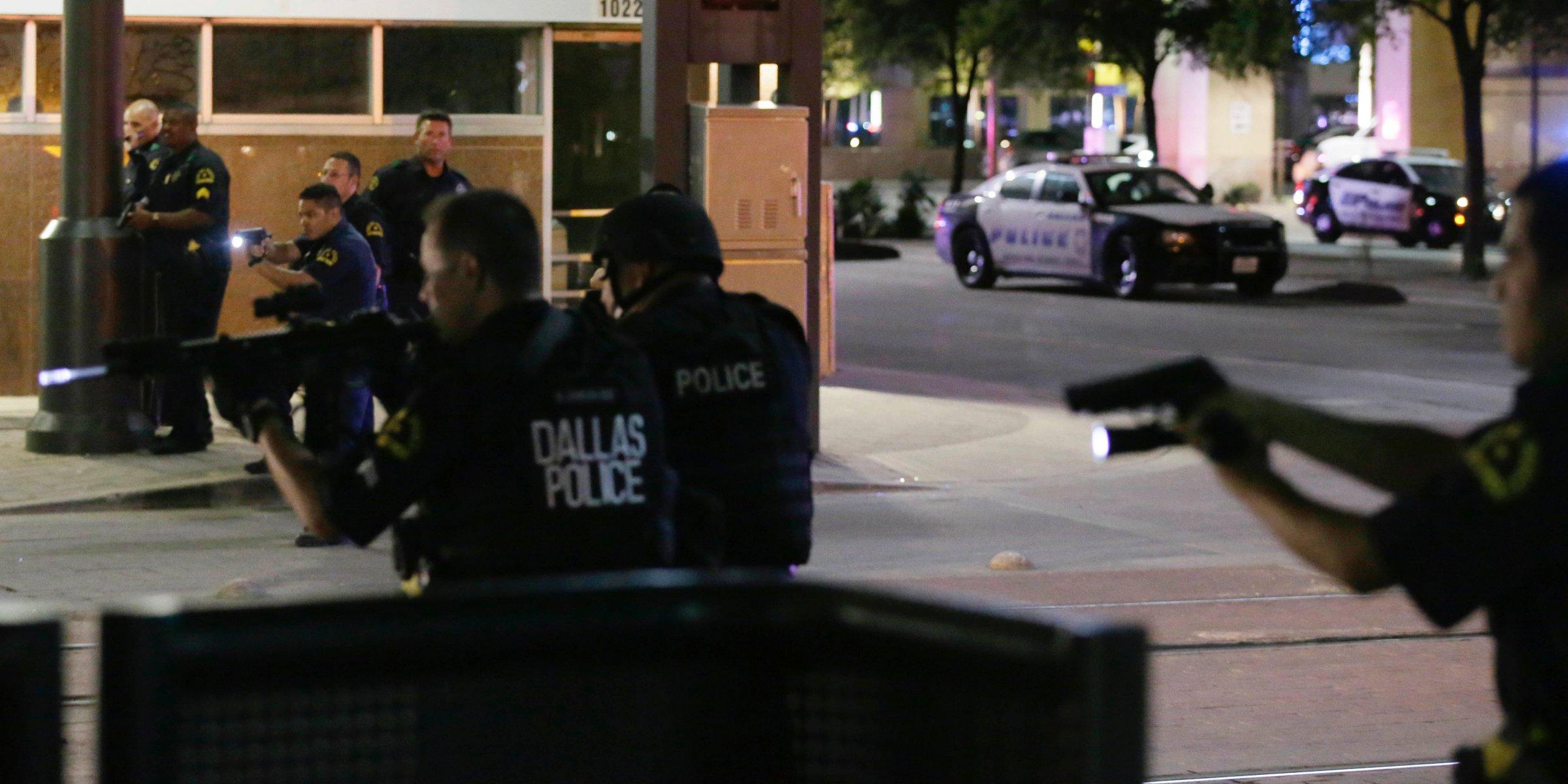 USA: scoppia la violenza a Dallas, morti cinque poliziotti