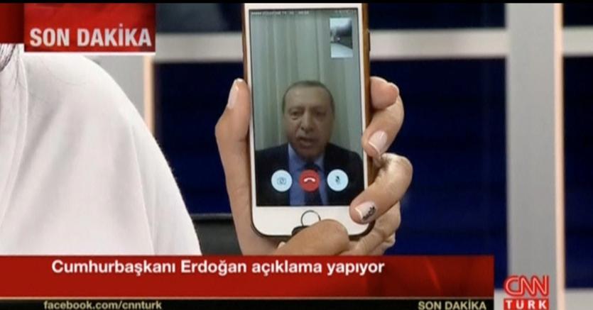 Turchia: Erdogan e il web, storia di una relazione complicata