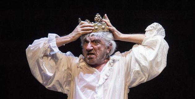 Uno straordinario Gigi Proietti omaggia Shakespeare