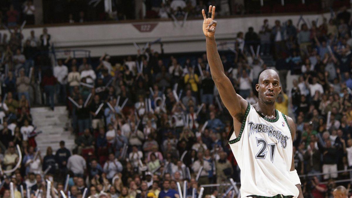 Basket NBA: L'addio di Kevin Garnett