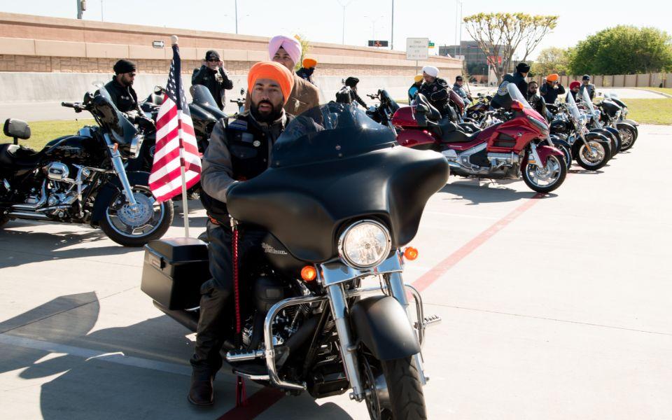 Sikh e americani, la storia dei Riders Sikh of America