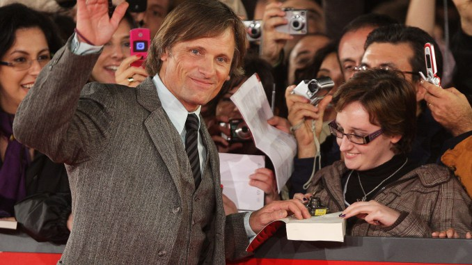ROME - OCTOBER 26: Actor Viggo Mortensen attends the 'Good' premiere during the 3rd Rome International Film Festival held at the Auditorium Parco della Musica on October 26, 2008 in Rome, Italy. (Photo by Venturelli/WireImage)