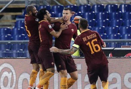 La Roma tira fuori i denti: Inter battuta 2-1