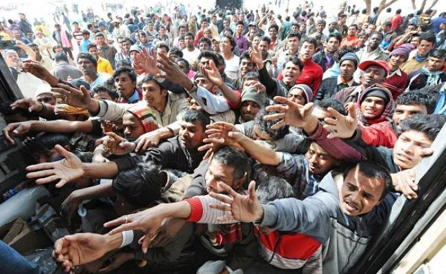Gli immigrati in Italia, una preoccupazione dei cittadini o un problema per i politici?