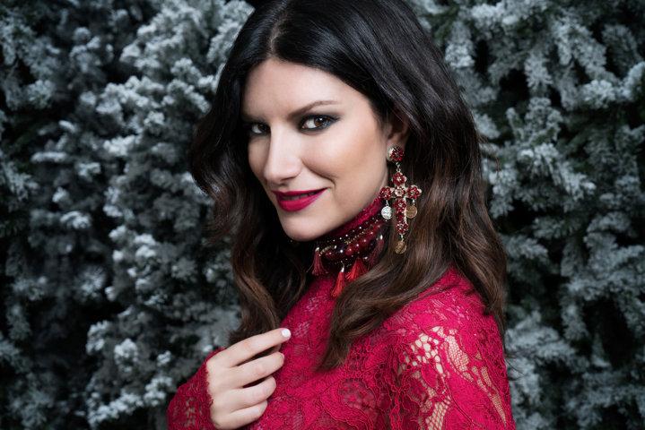 La magia swing di Laura Pausini: il Natale arriva in anticipo