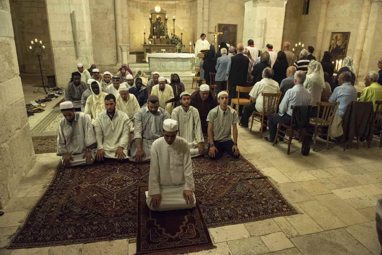 NON C'E' PIU' RELIGIONE | Niente cinepanettoni per favore