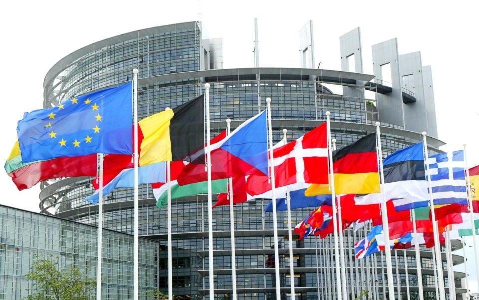 Le richieste comunitarie: correzione del Pil e patto di stabilità