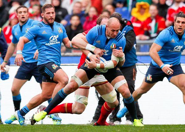 Rugby – Italia avanti per un tempo, poi ciclone Galles