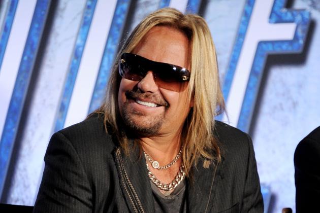 Mötley Crüe, Vince Niel smentisce le voci riguardo lo scioglimento
