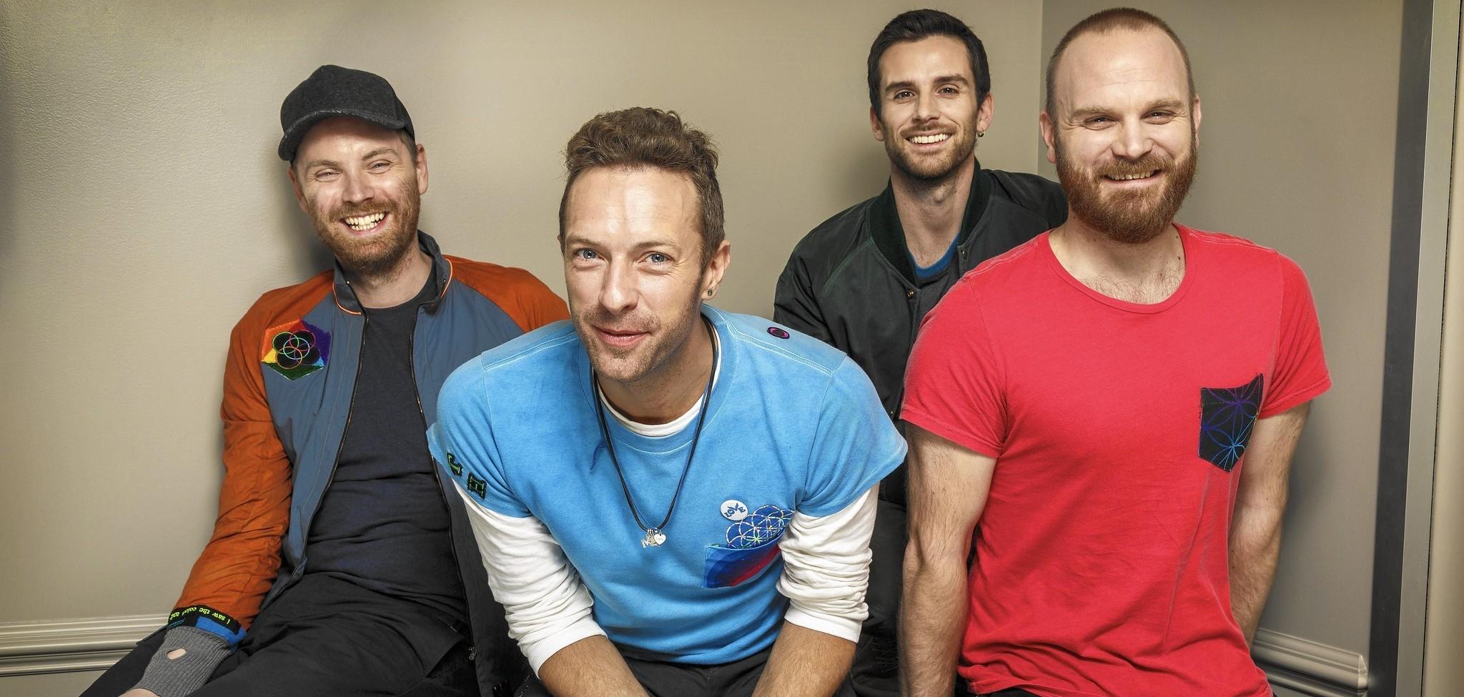 """Coldplay: il non-singolo """"Hypnotised"""" è una sorpresa che nessuno si aspettava – RECENSIONE"""
