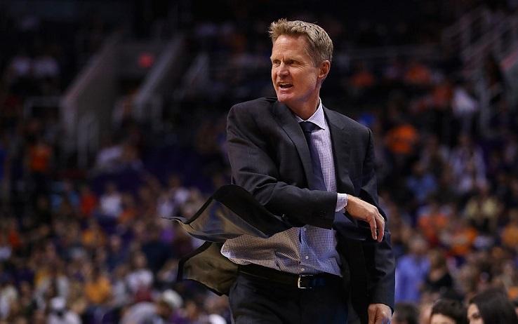 Basket NBA: Steve Kerr out per problemi alla schiena