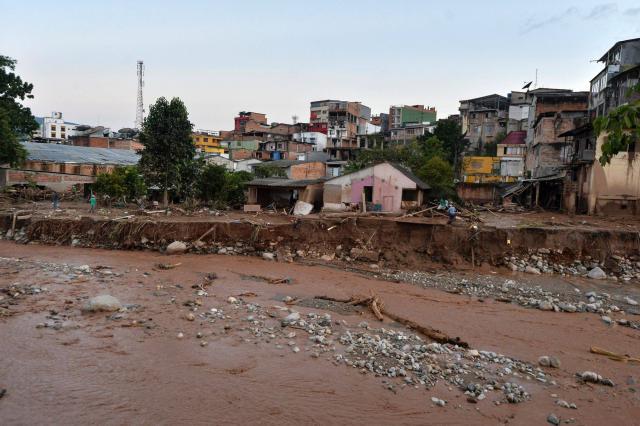 Colombia: oltre 200 i morti per le frane e le esondazioni