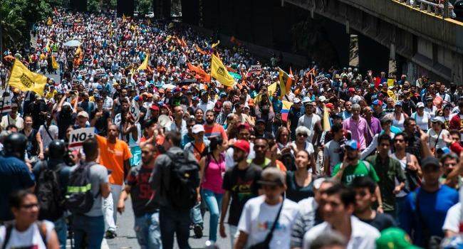 """Venezuela: cosa sappiamo de """"la madre de todas las marchas"""""""