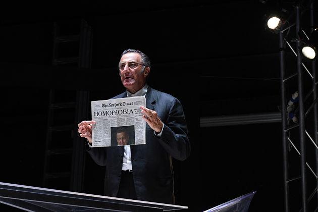 """""""Il penitente"""" con Luca Barbareschi al Napoli Teatro festival Italia"""