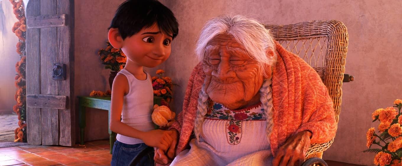 COCO | Vecchie foto, scheletri e musica dei mariachi, è in arrivo il nuovo film Disney Pixar