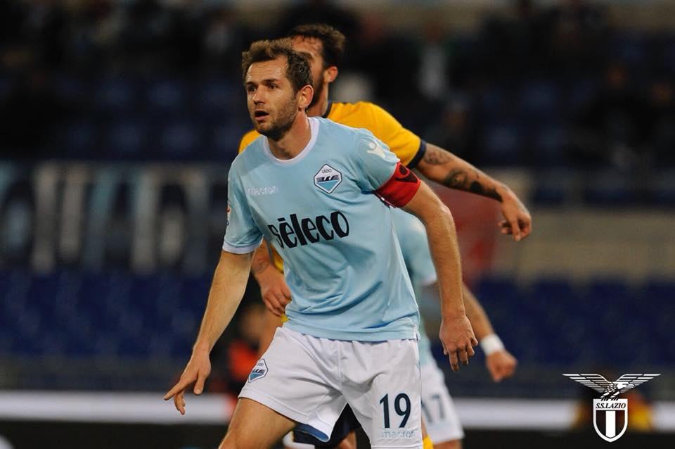 La Lazio ricomincia a correre: 2-0 al Verona e quarto posto