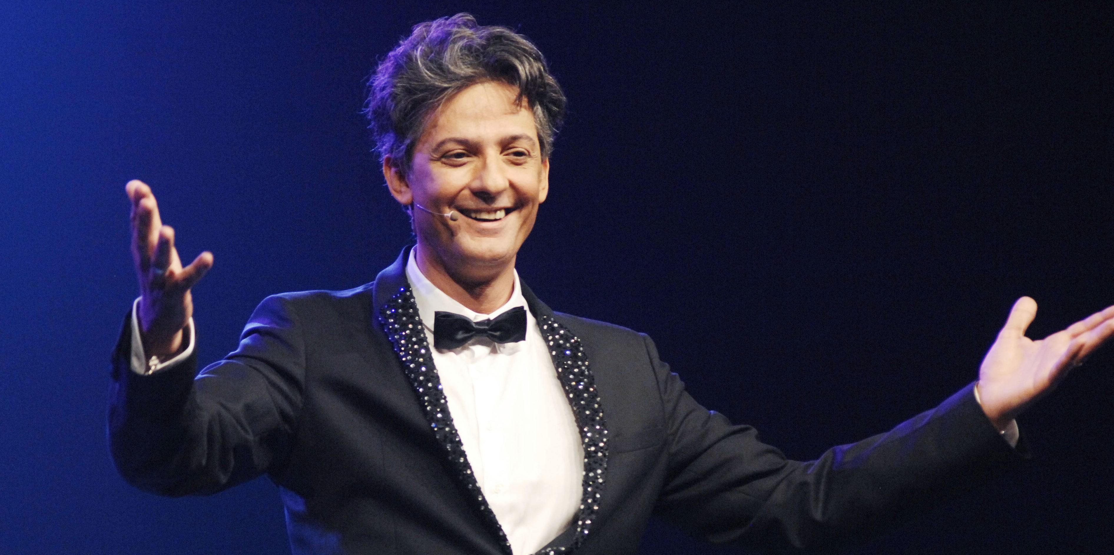 Fiorello: il conduttore sotto mentite spoglie del Festival di Sanremo, grande ospite Claudio Baglioni