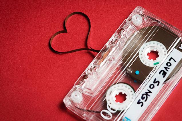 Le 10 canzoni perfette da ascoltare a San Valentino