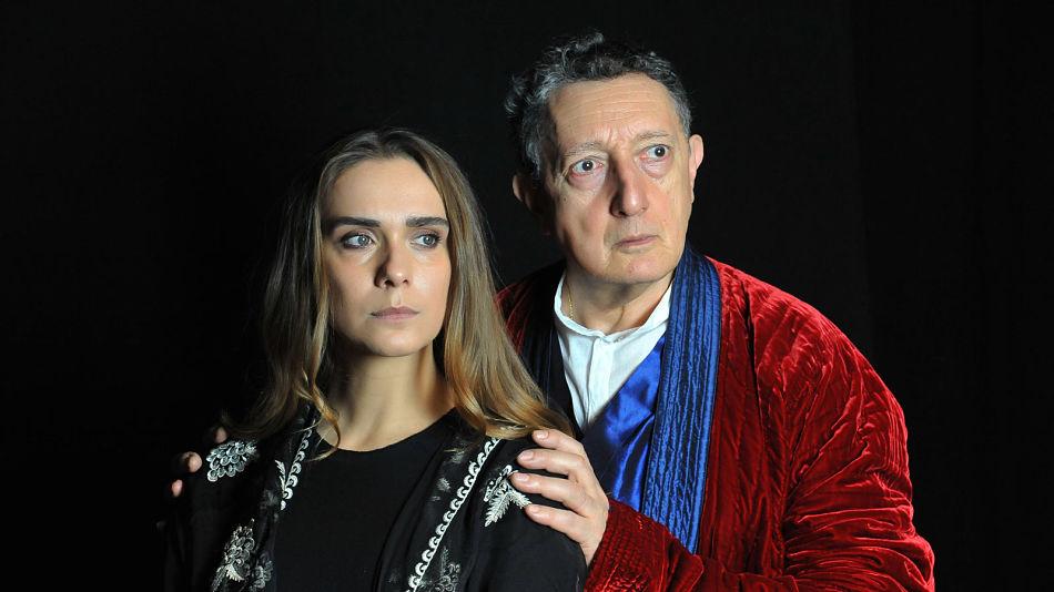 Essere Antigone nel teatro della post-ideologia
