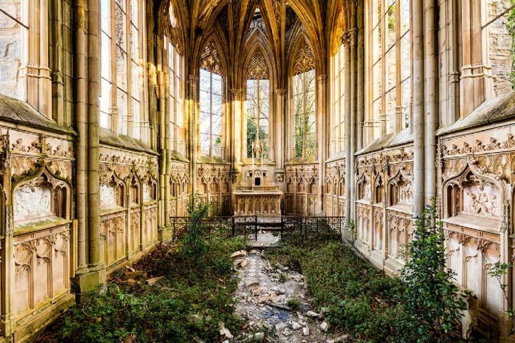 SPAZI INDECISI | L'associazione che esplora i luoghi in abbandono della Romagna
