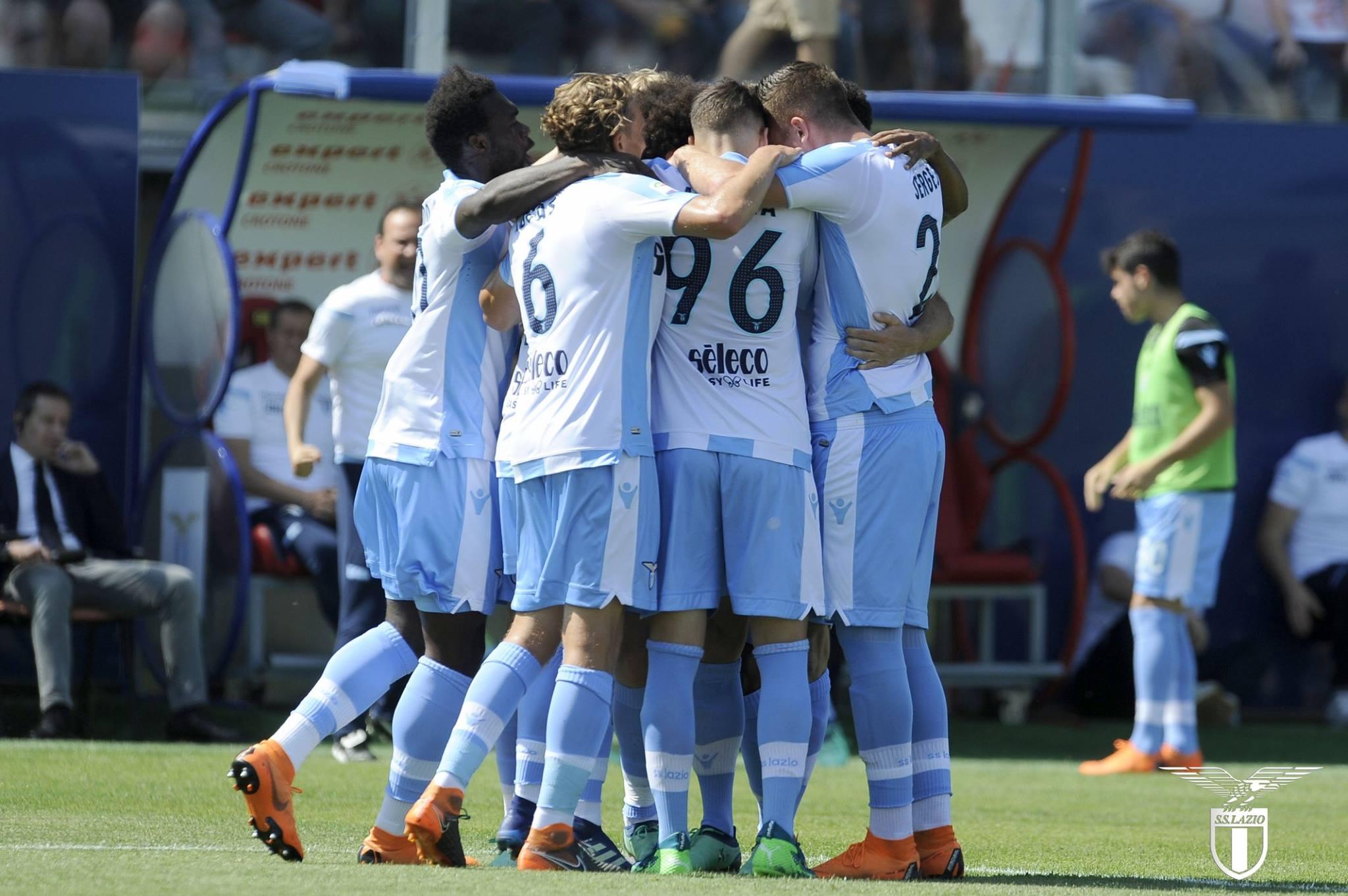 La Lazio fallisce il match point col Crotone: 2-2 allo Scida