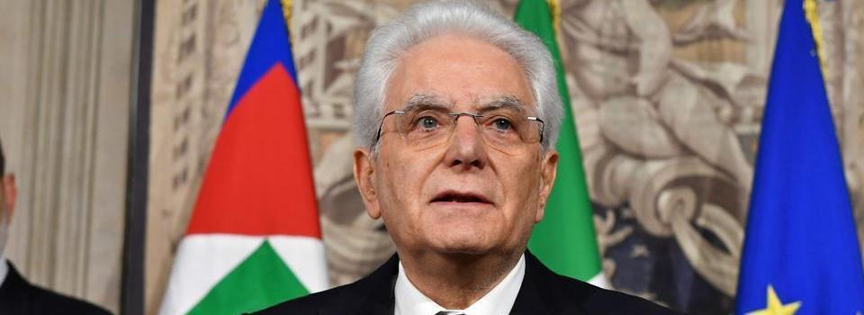 Un nodo paradossale spezza il pettine della politica italiana
