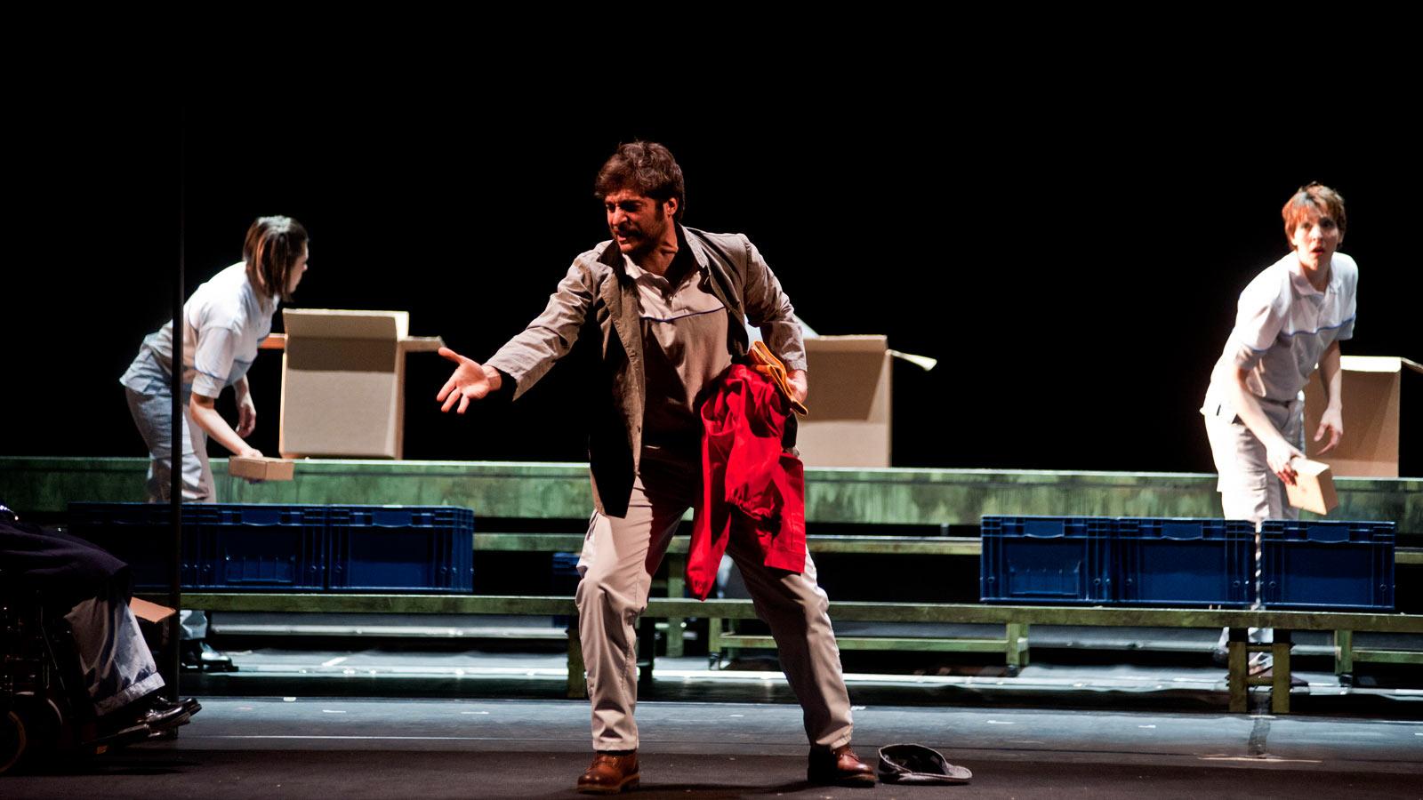 'La classe operaia va in paradiso': come eravamo, come non saremo mai più al Teatro Argentina