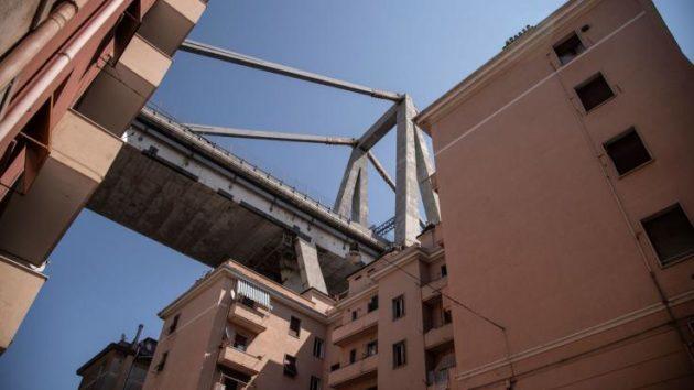 Genova: crollano i ponti con l'Italia delle coscienze
