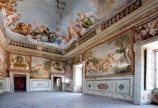 Bassano Romano: quante storie a palazzo e nel monastero