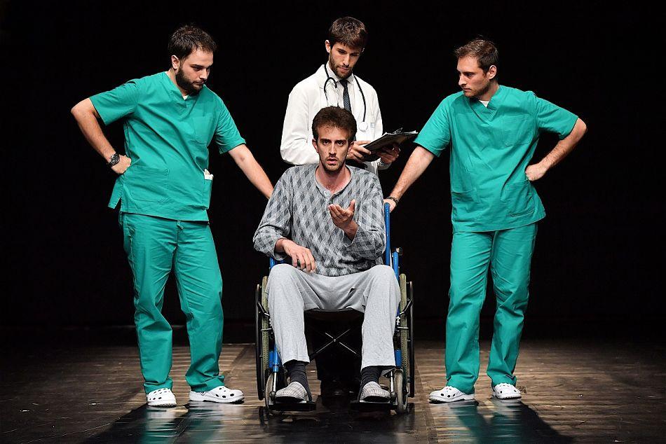 'Reparto Amleto': ricoverato al Teatro India il Principe di Danimarca